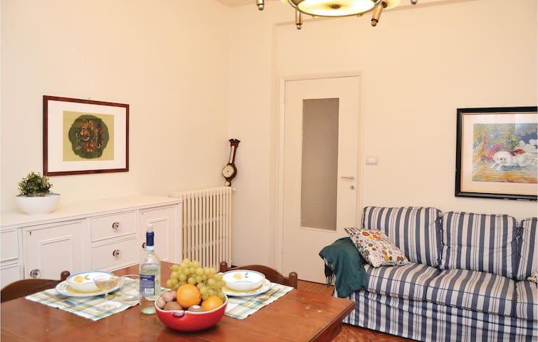 Holiday apartment with 2 bedrooms on 85m² in Rapallo -GE-