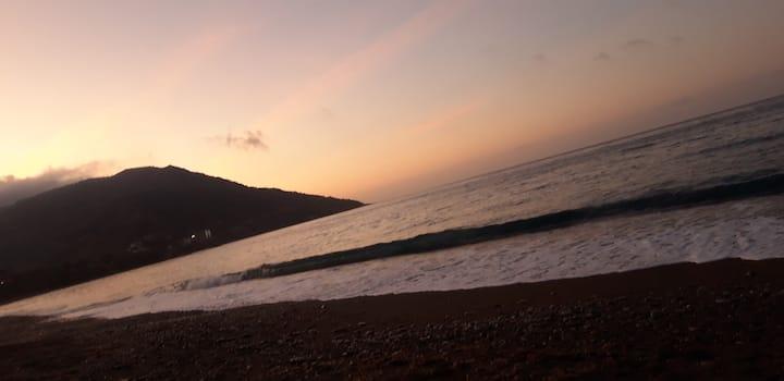 Bel appart à Saket à moins de 400 m de la plage
