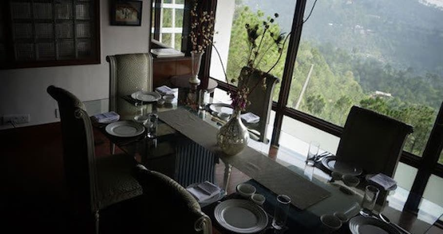 British style bungalow, valley view -  Tehsil Solan