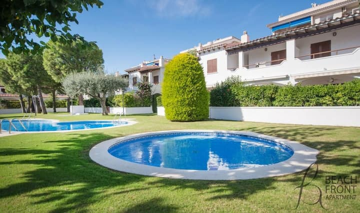 R17 Charming holiday house Calafell HUTT-005108