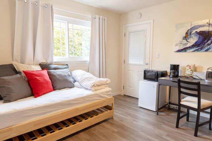 ★ Cozy 1-Bedroom in Silicon Valley ★