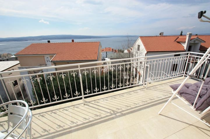 Studio apartment just 5 minutes to the beach