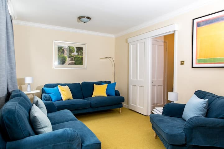 3 Bed Townhouse heart of Westminster