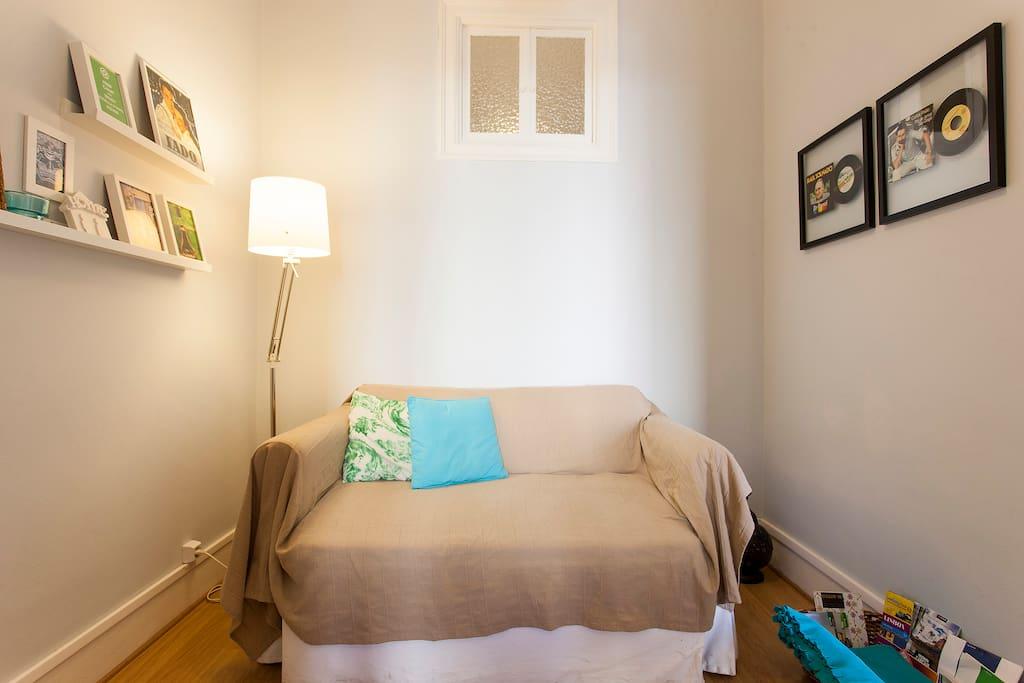 Sofa bed (120x200)