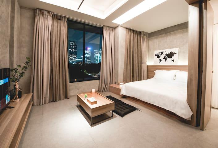NOSTOI Modoru Suite 208