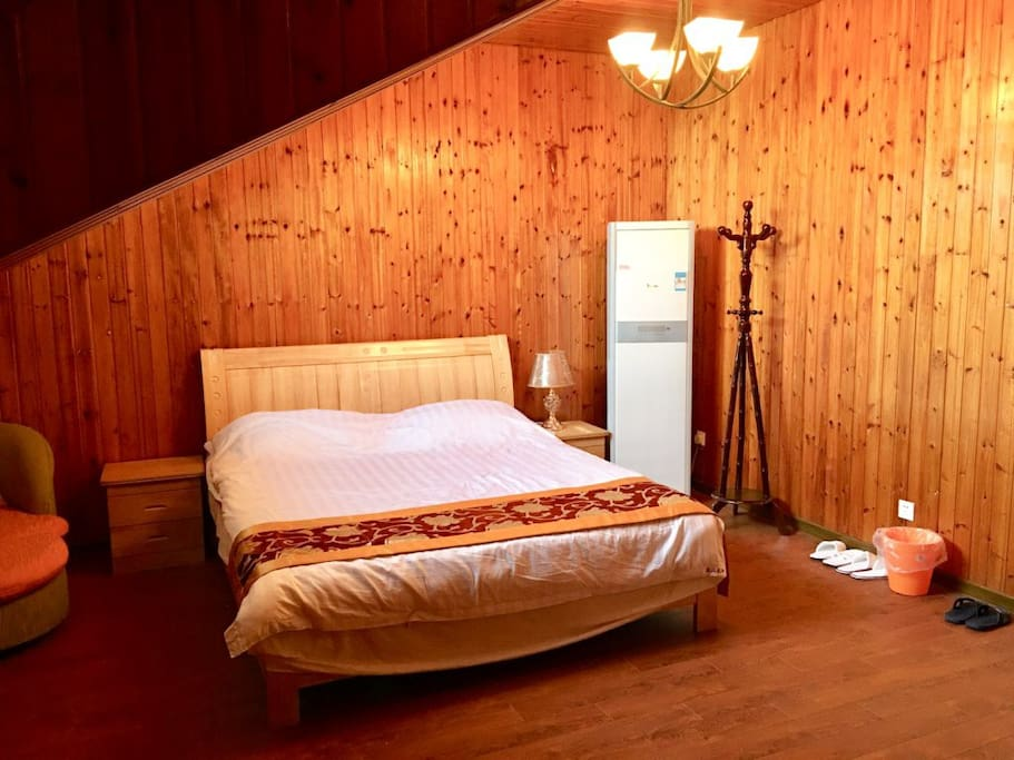 厨房、客厅、都可以使用,房屋带有WIFI,出入完全自由