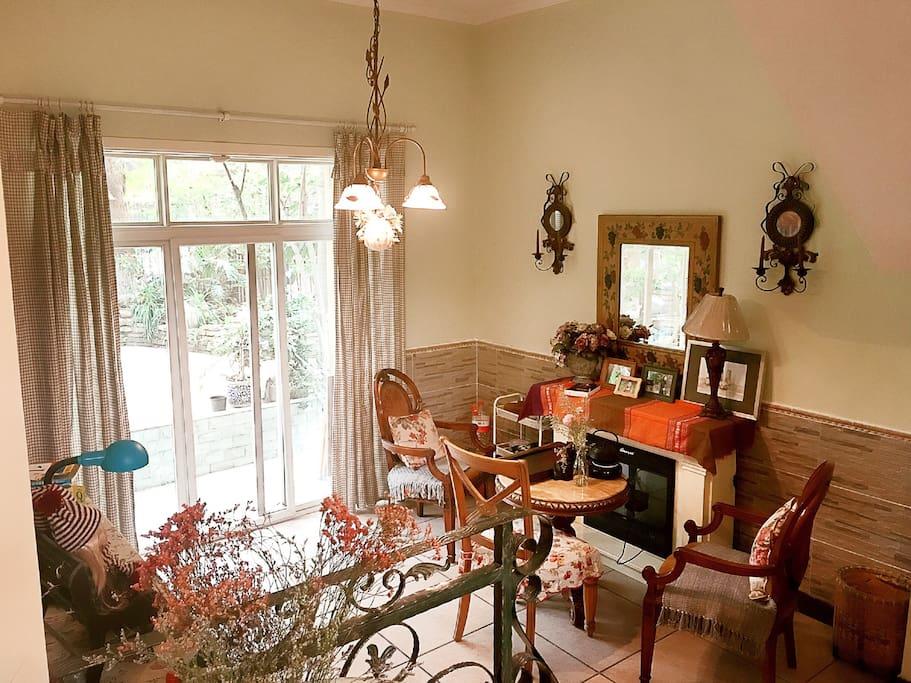 喝茶,看书,闲聊最佳地---休闲厅