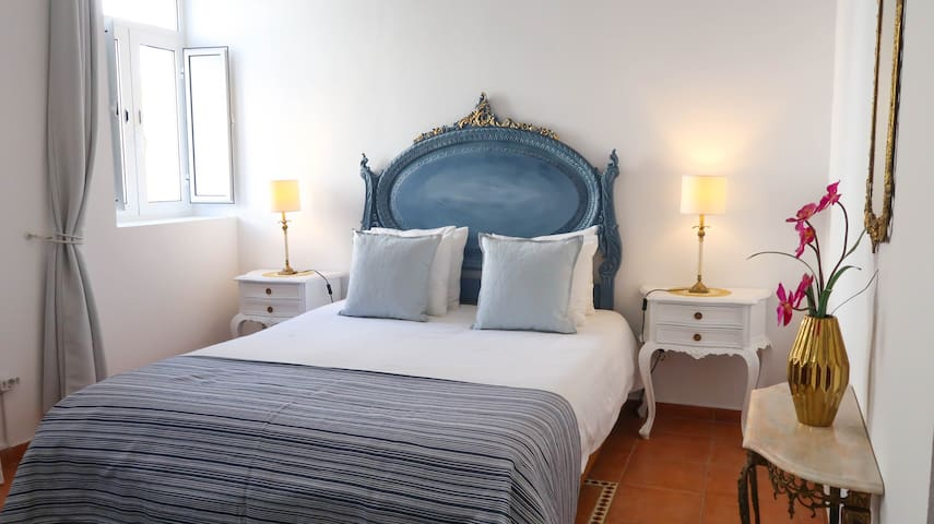 La Maison Rose 128 Olhao (ground floor), Algarve
