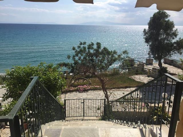 sea view apartment - Siviri - Appartement