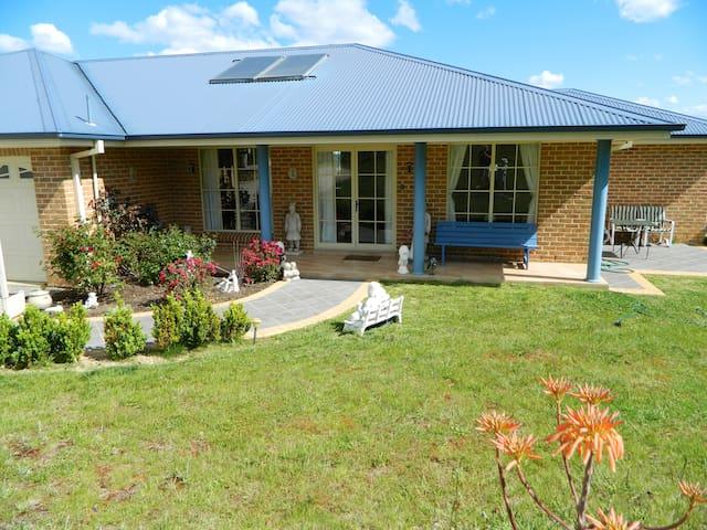 Nana's House - Moss Vale