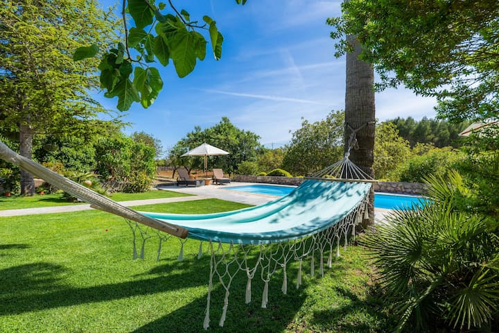 Beautiful Country House with Pool, Garden, Terraces & Wi-Fi; Parking Available