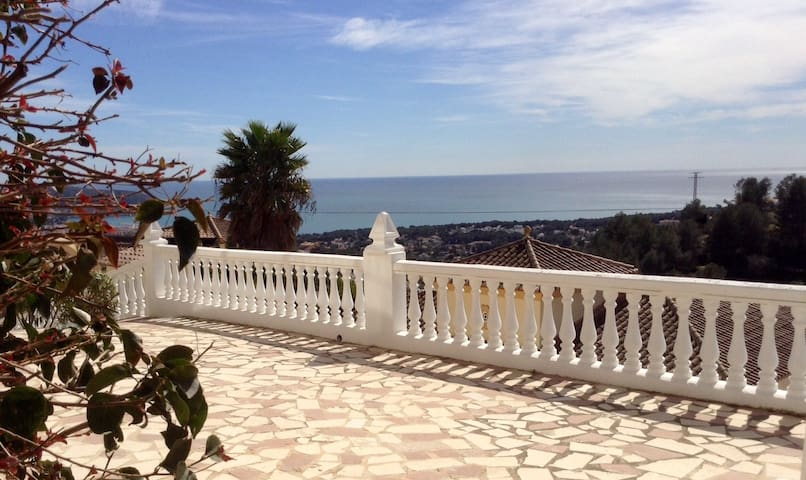Casa Beniluz 2 rooms - Teulada - Bed & Breakfast
