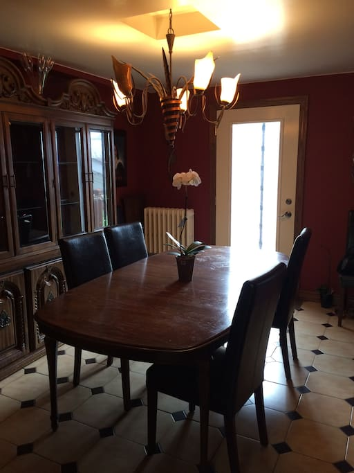 Rooms For Rent Toronto East York