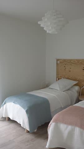 La chambre Ouest version 2lits