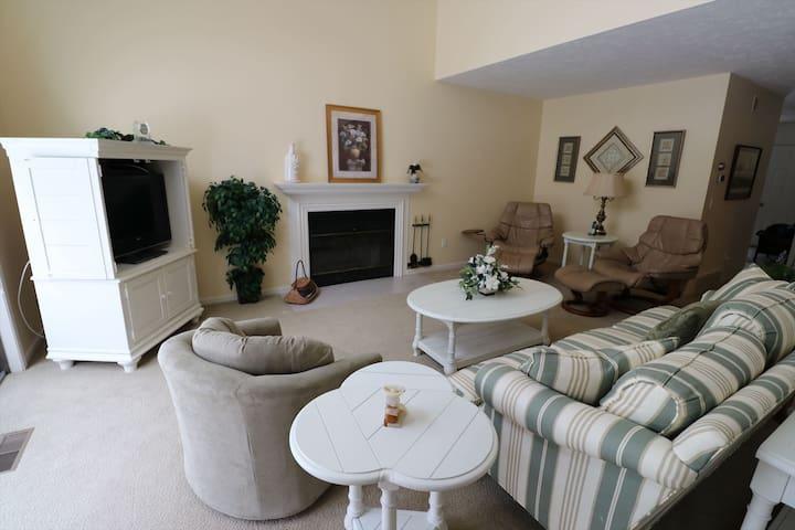 Westridge Condominium #23