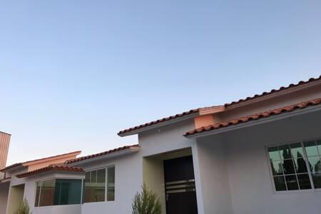 Villas la Campana