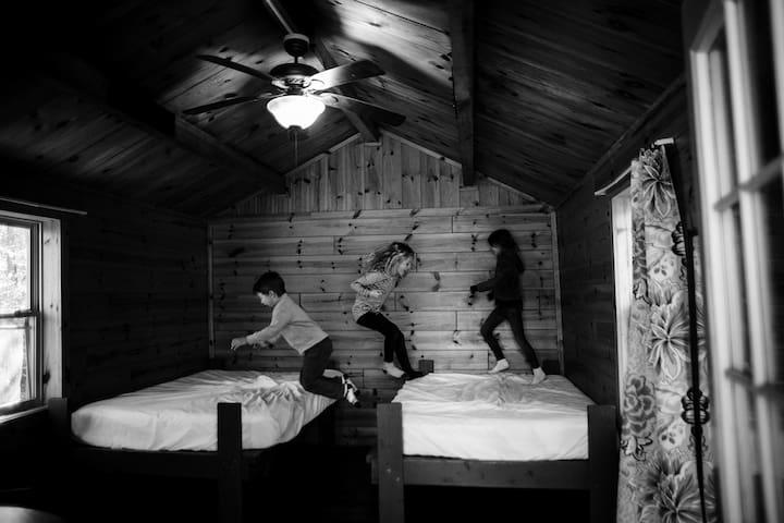 Quiet Cabin @ KOA with POOL (PMRK02)