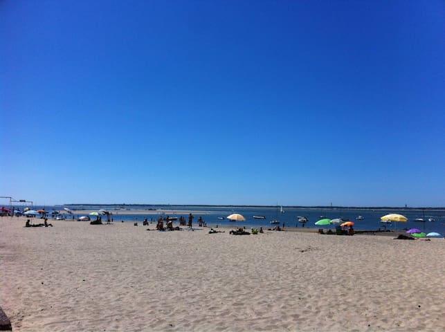 La plage des Arbousiers