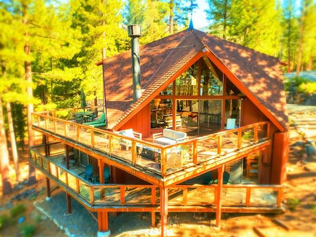 Family entertaining home | Huge decks| Kids space