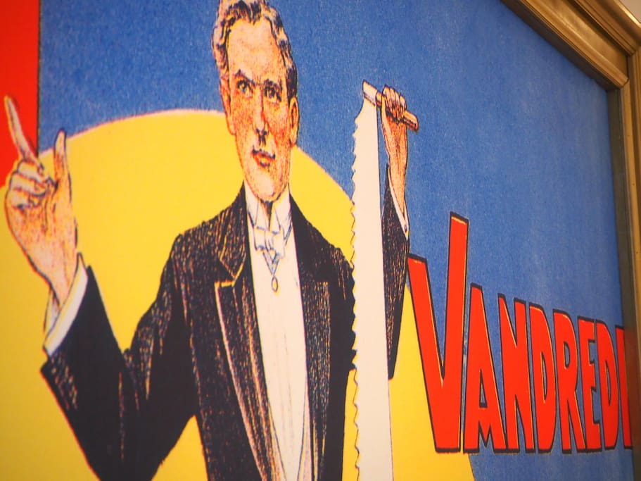 Vandredi is an origina stage-prop from one of my magic shows...