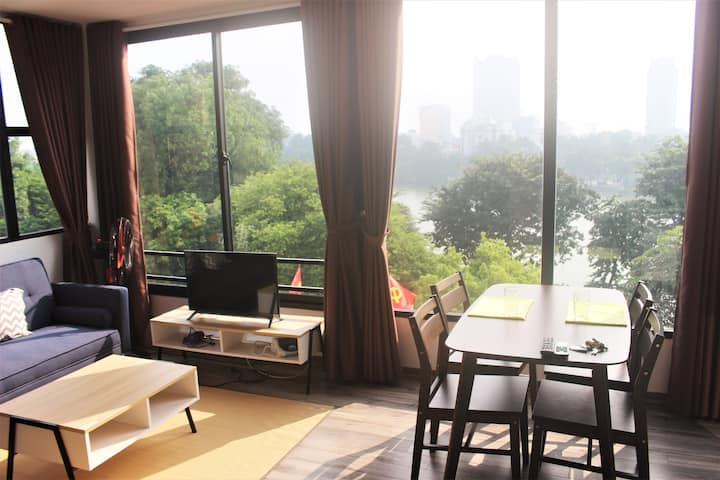 Anh thu's house _ Beside Hoan Kiem lake room 601