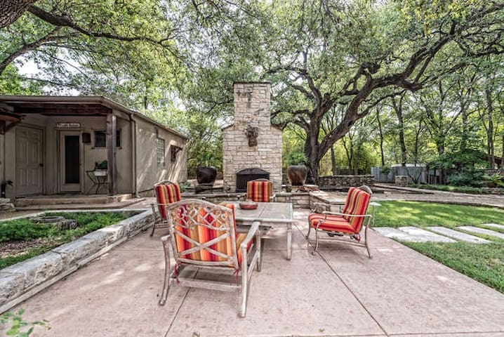 Reviews Say It All! Waco's Cottage in Cameron Park