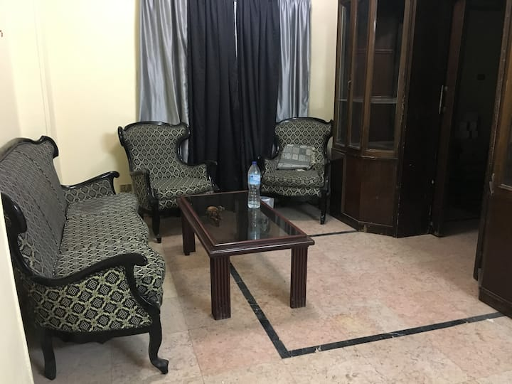 Room in Cairo, Near Pyramids and Nile