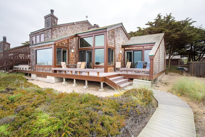 Monterey Dunes Beach Heaven beachfront one story