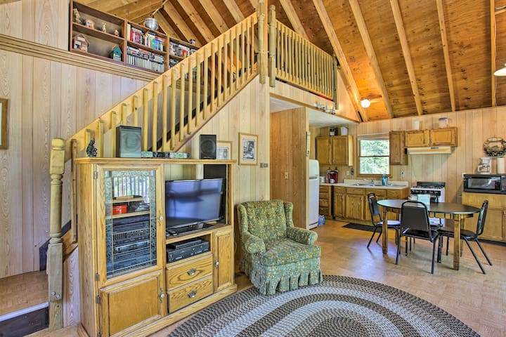 NEW! Cabin on 5 Private Acres w/ Grill & Gazebo!