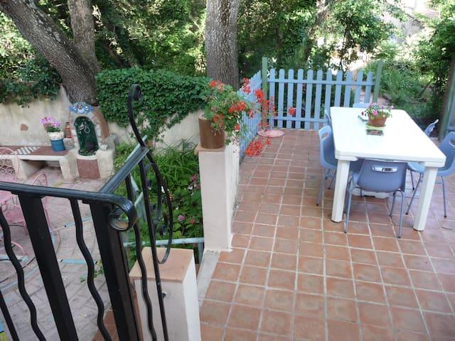 1 semaine en Provence  dans  villa avec jardin