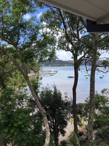 Salt Pan Cove Waterfront Escape on Pittwater