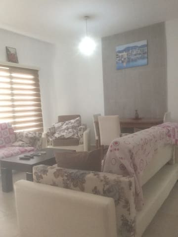 Kyrinia Center penthouse flat 5 for 6 people
