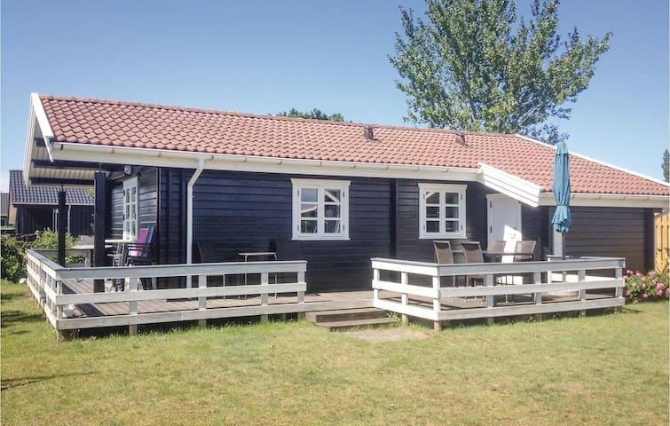Holiday cottage with 2 bedrooms on 58 m² in Nyborg