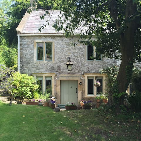 Picturesque cottage in the heart of Somerset - Shepton Mallet - 단독주택
