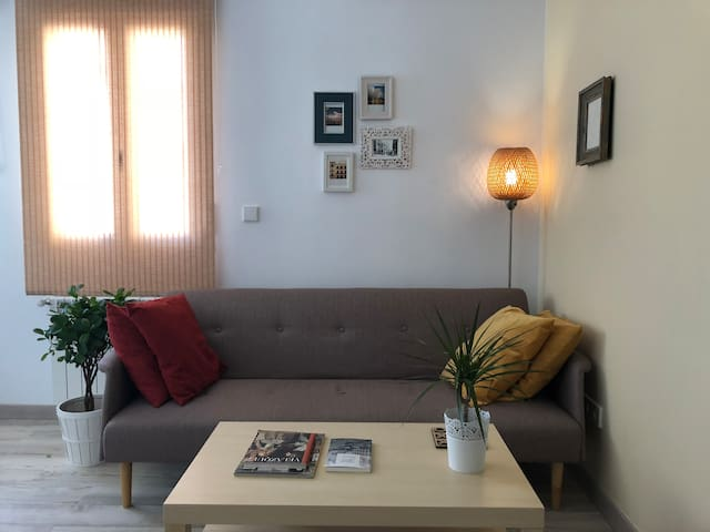 Lovely + Close to metro+WIFI apartment in Malasaña