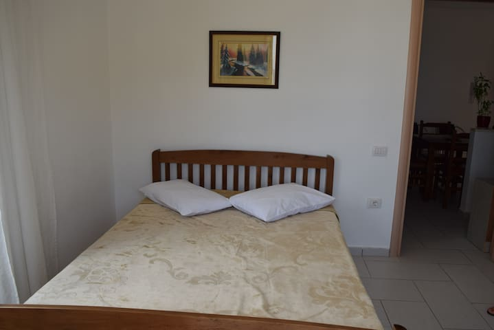 Family Apartment With Sea View - Himarë - Wohnung