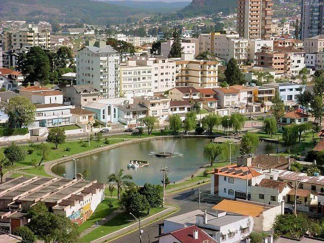 Quarto 05 - Centro Lages - SC - Brasil