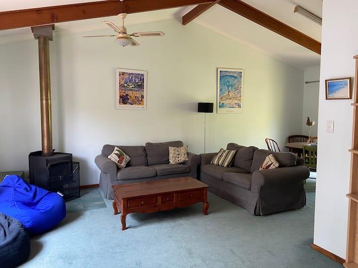 Mugwump - a comfortable family friendly house