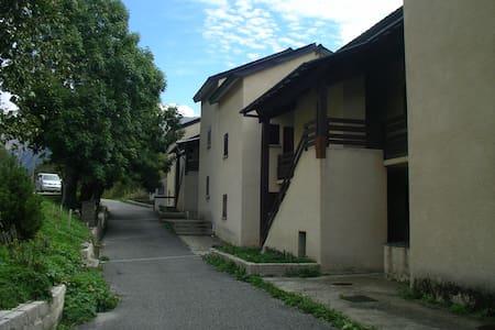 Duplex en Porte Puymoerns - Porté-Puymorens - Huoneisto