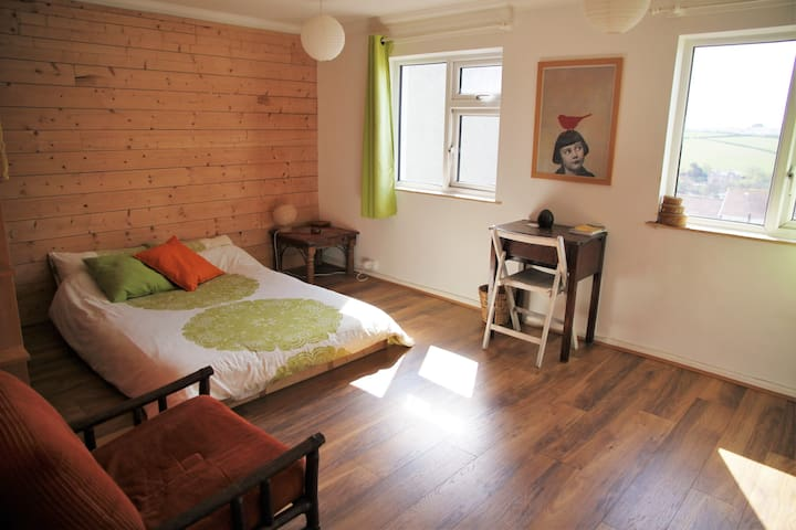 Large double room near the sea - Perranporth - Bed & Breakfast