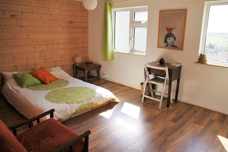 Large double room near the sea - Perranporth