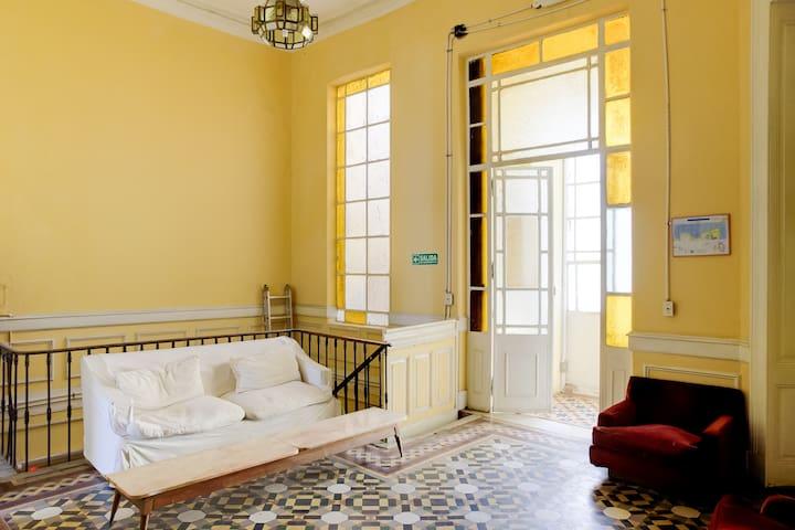 Habitación Privada con Balcón (18) - Buenos Aires - Bed & Breakfast