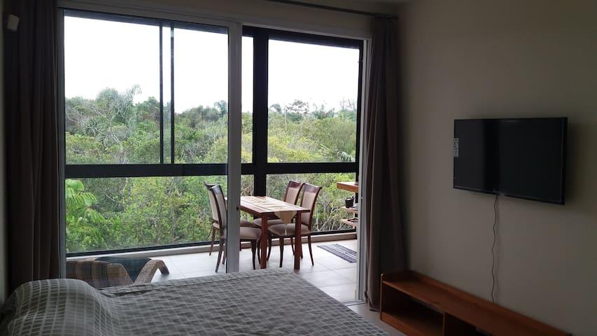 42m² in nature Studio.  Private Beach trail. - Florianópolis - Loft