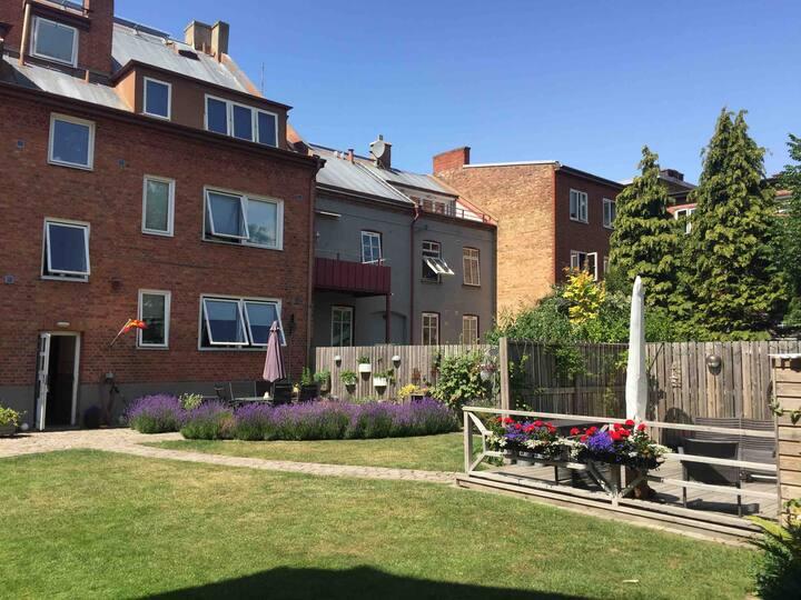 Studio apartment 42 m2 in a nice quiet house