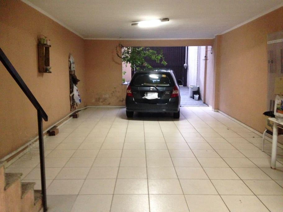 garagem ampla