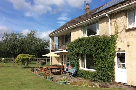 Fivepenny House - Okeford Fitzpaine - Bed & Breakfast