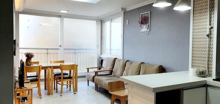 《독채,주차,취사,셀프체크인》한옥마을 근거리 연립주택3층
