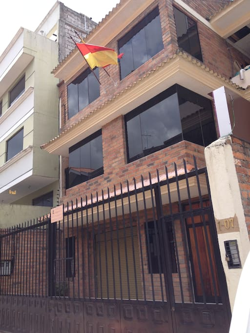 Nuestra casa (our house)