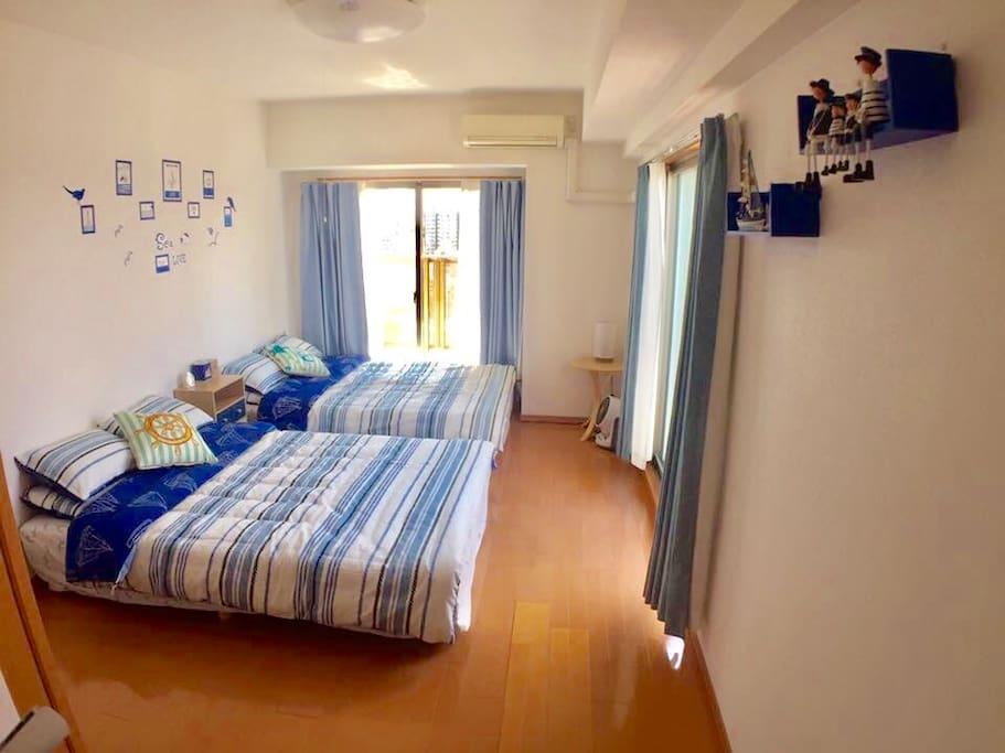 房間特別寬闊!床不是日本常見的SD size,而是特大的D size!
