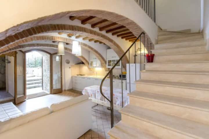BIJOUX TUSCANY HOUSE